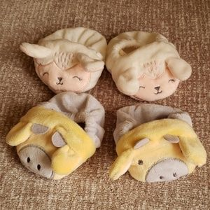 Other - Adorable baby booties - 2 pair